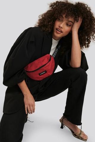 Bold Webbed Springer Bag