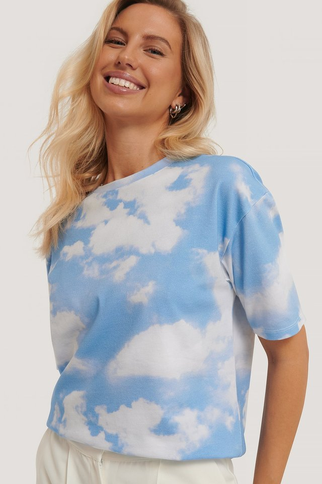 Sky Printed Oversized T-shirt Light Blue Print