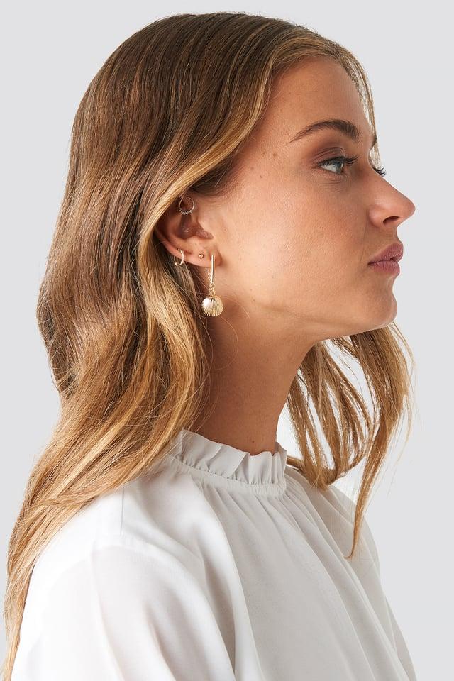 Back Chain Shell Earrings Gold