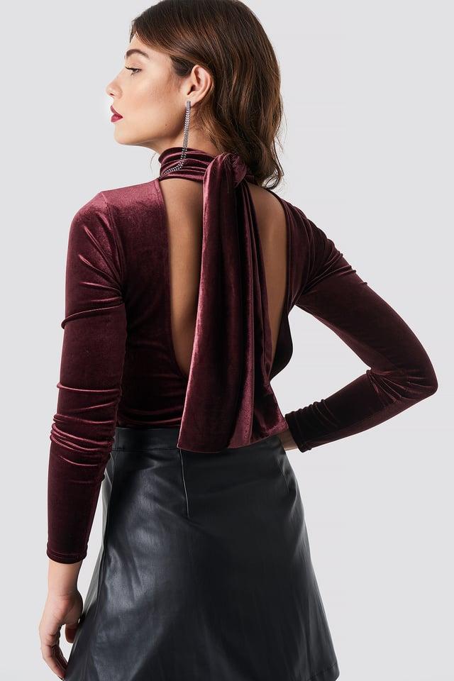 Aksamitny top z głębokim plecami Wine Red