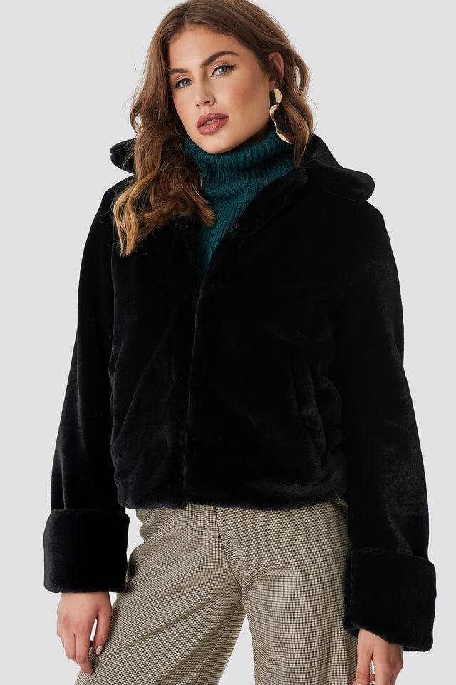 Short Faux Fur Jacket Black