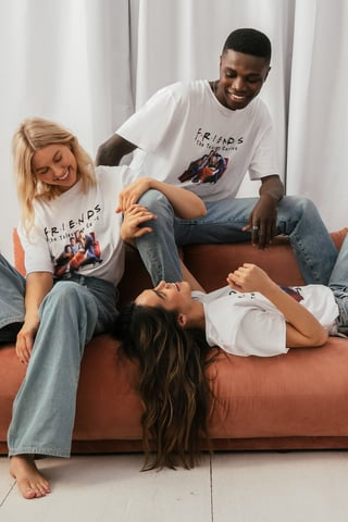 White Print All Season FRIENDS Unisex Print Tee
