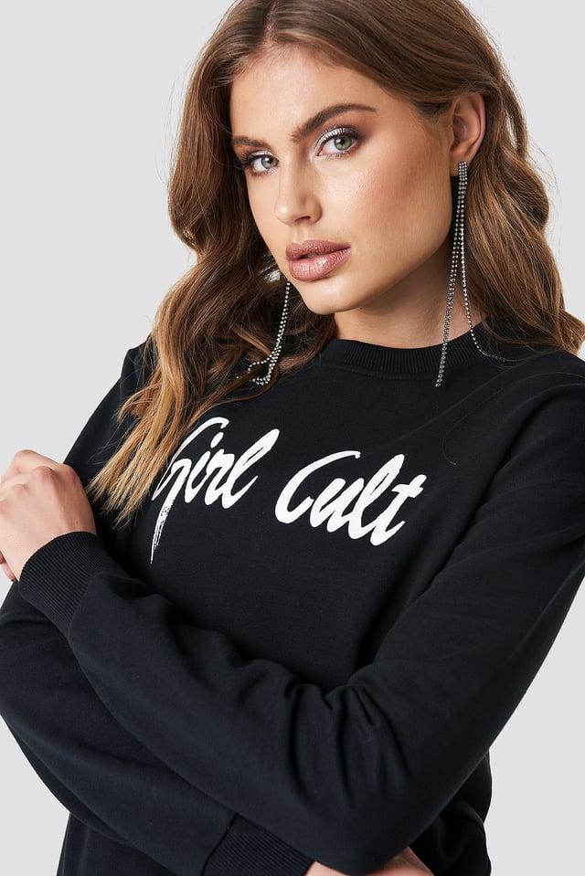 Oversized Girl Cult Sweatshirt Galore x NA-KD