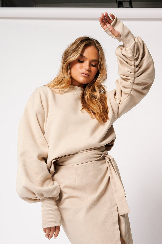 Balloon Sleeve Sweater Beige