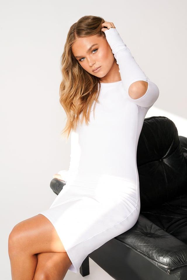 Kleid Mit Tiefem U-Boot-Ausschnitt White