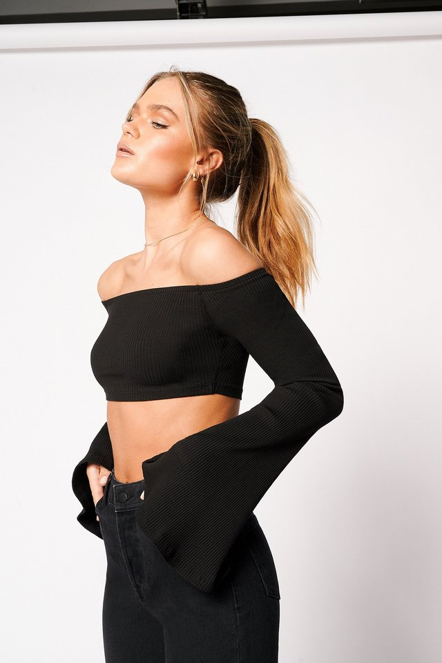 Off Shoulder Cropped Ribbed Top Black
