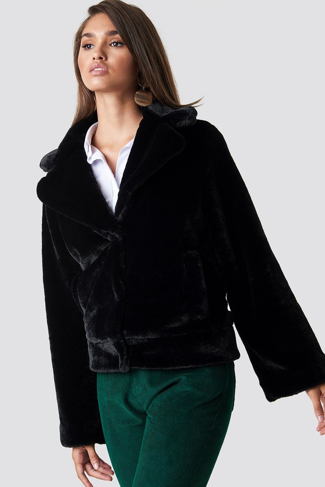 Wide Sleeve Faux Fur Jacket Black