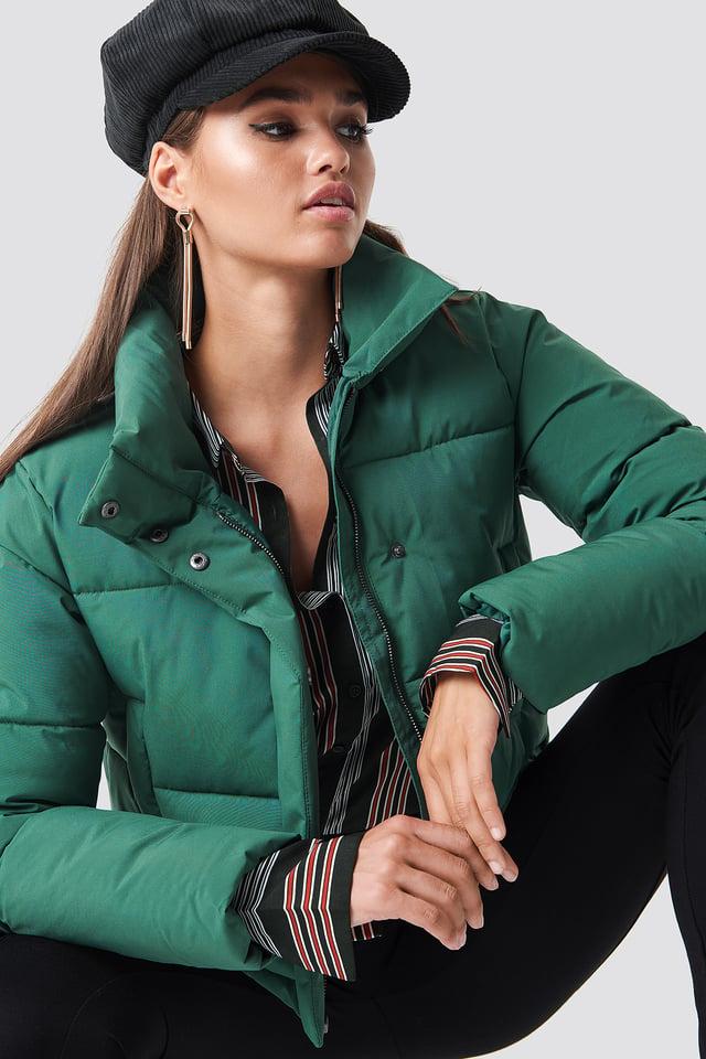 Short Puffy Jacket Dark Green