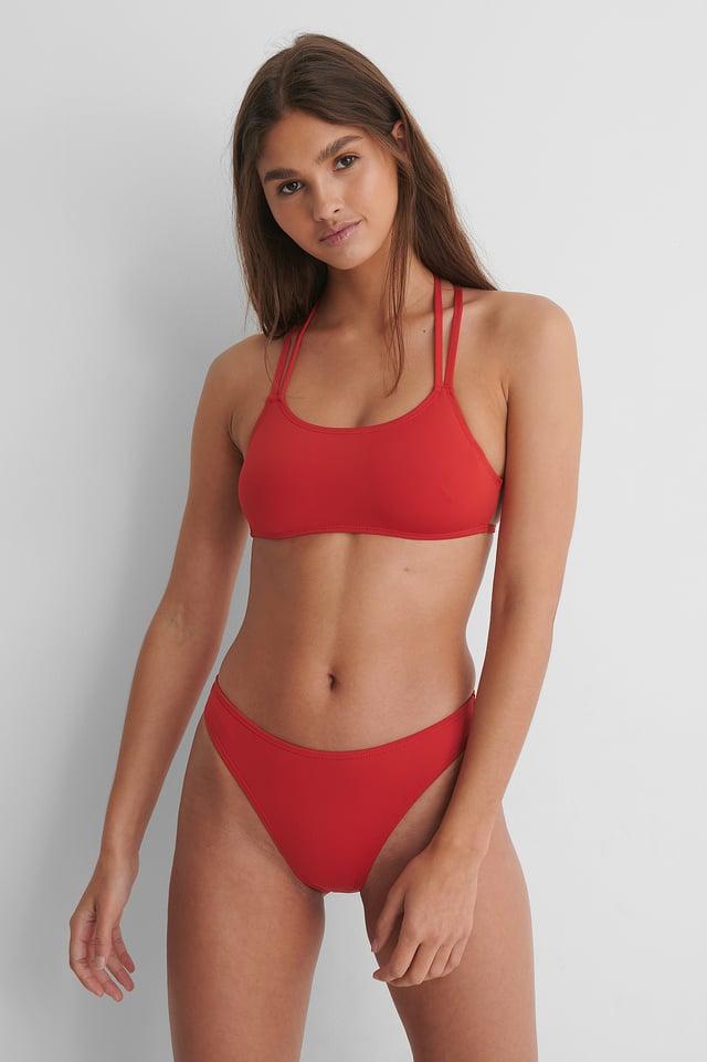 Red Gerecycleerd Hoog Uitgesneden Bikinibroekje