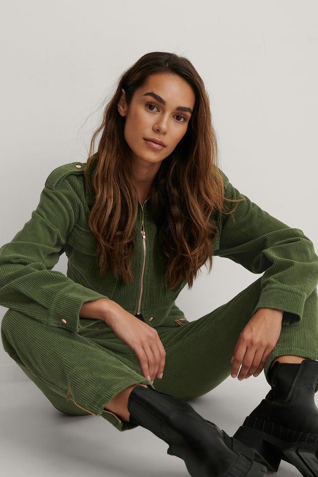 Army Green Dropped Shoulder Big Pockets Jacket