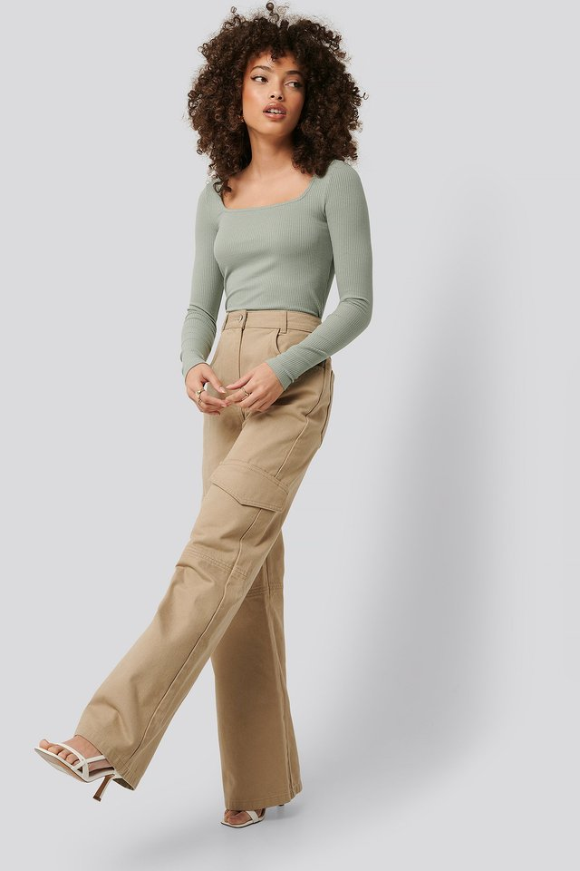 Wide-Leg Cargo Pants Beige