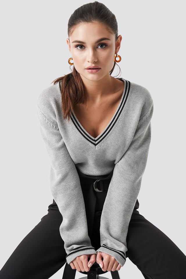 Deep V-neck Knitted Contrast Sweater Grey