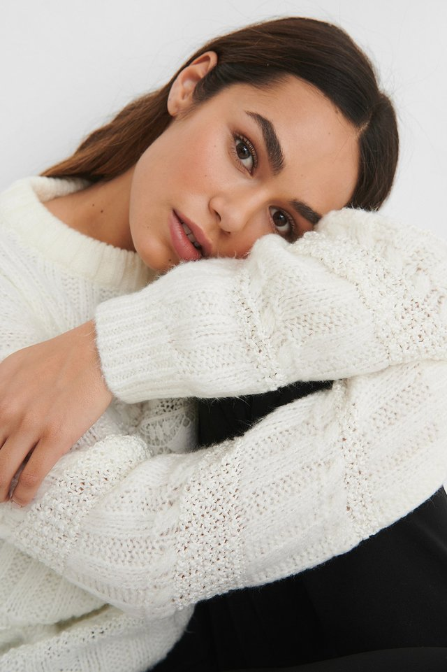 Offwhite Lace Detail Knitted Sweater