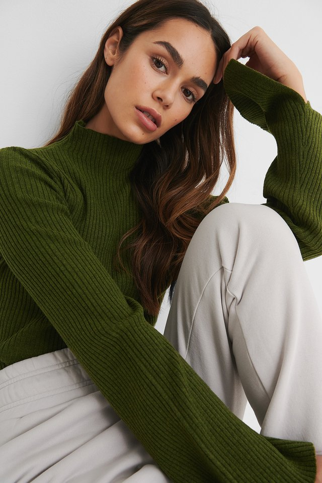 Green Sleeve Slit High Neck Top