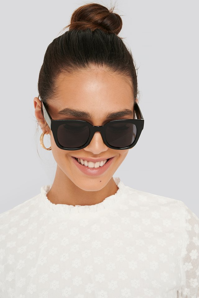 Claire Sunglasses Black