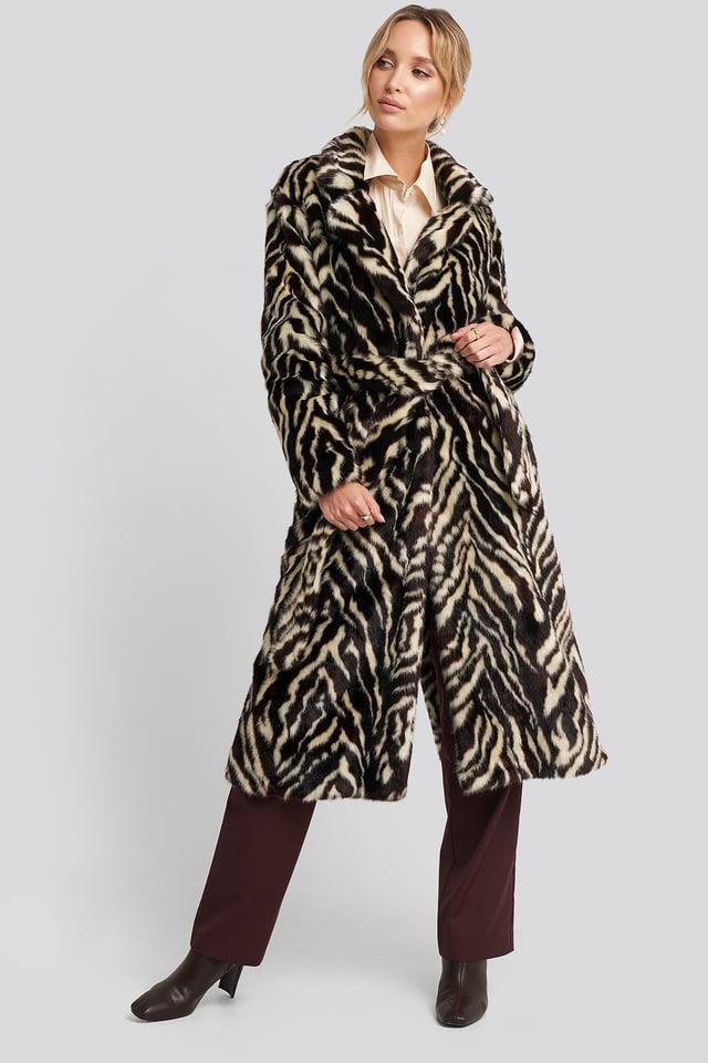 Duquesa Coat Black