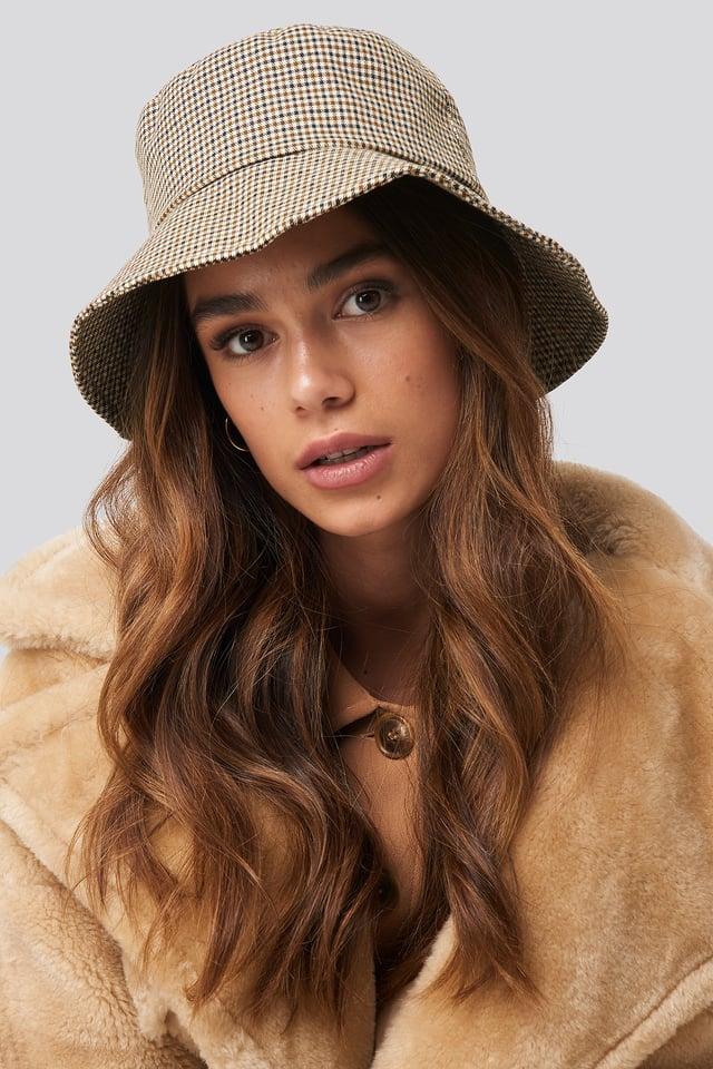 Medium Brown England Hat