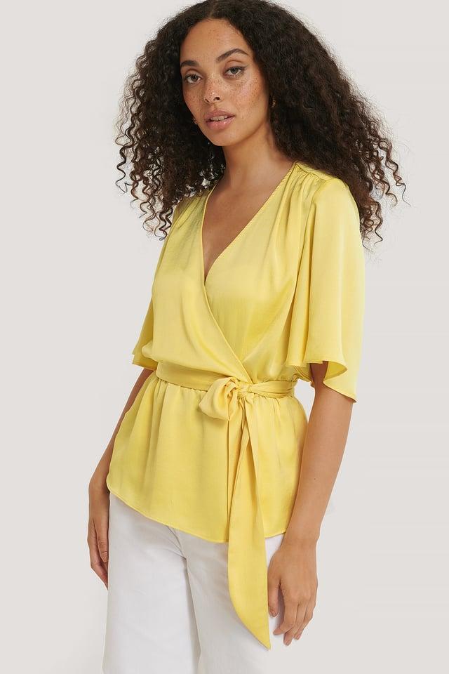Yellow Blus