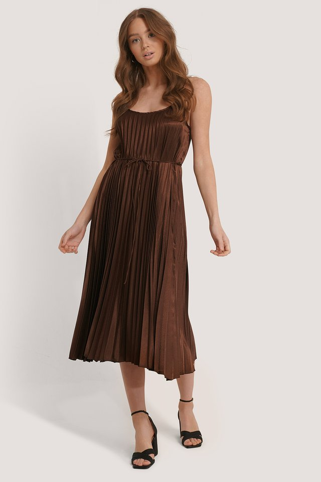 Plisado6 Dress Brown
