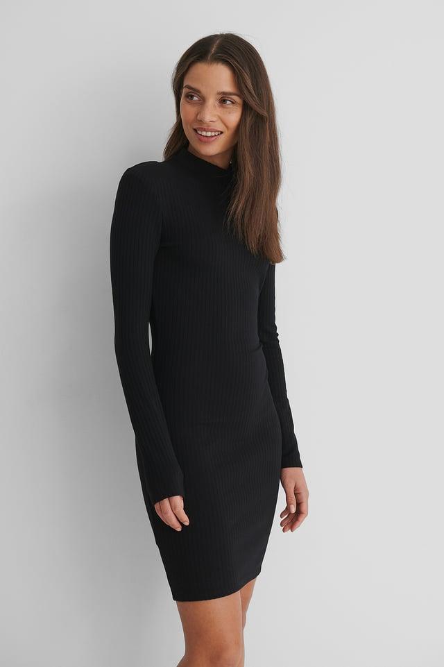 Black Rosario Dress