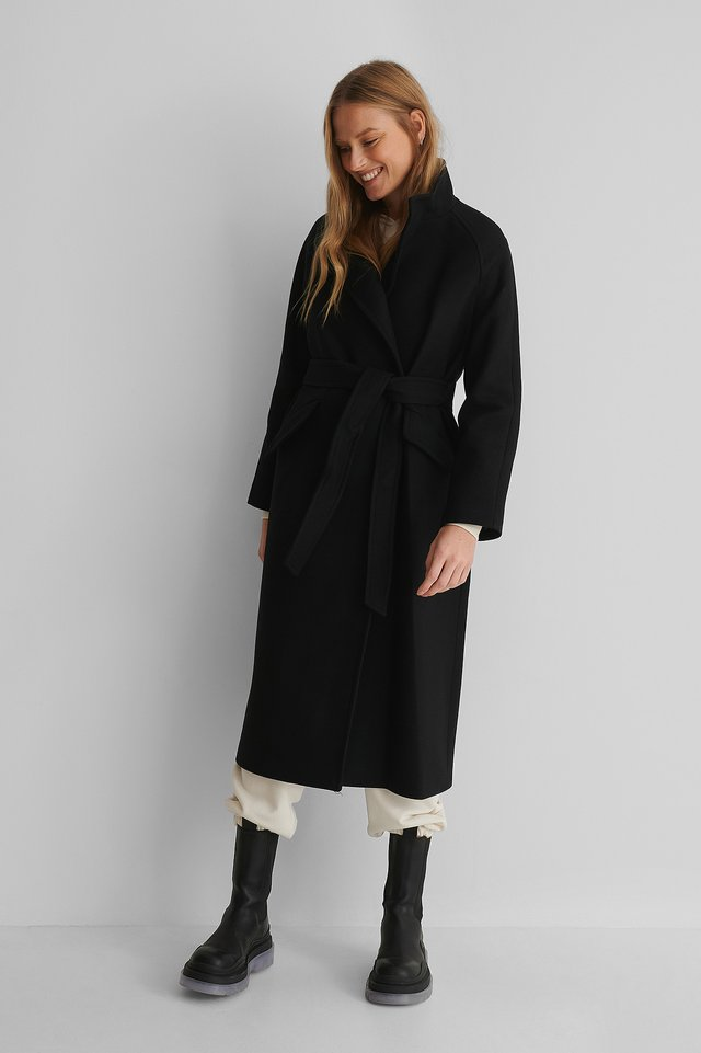 Venus Coat Black
