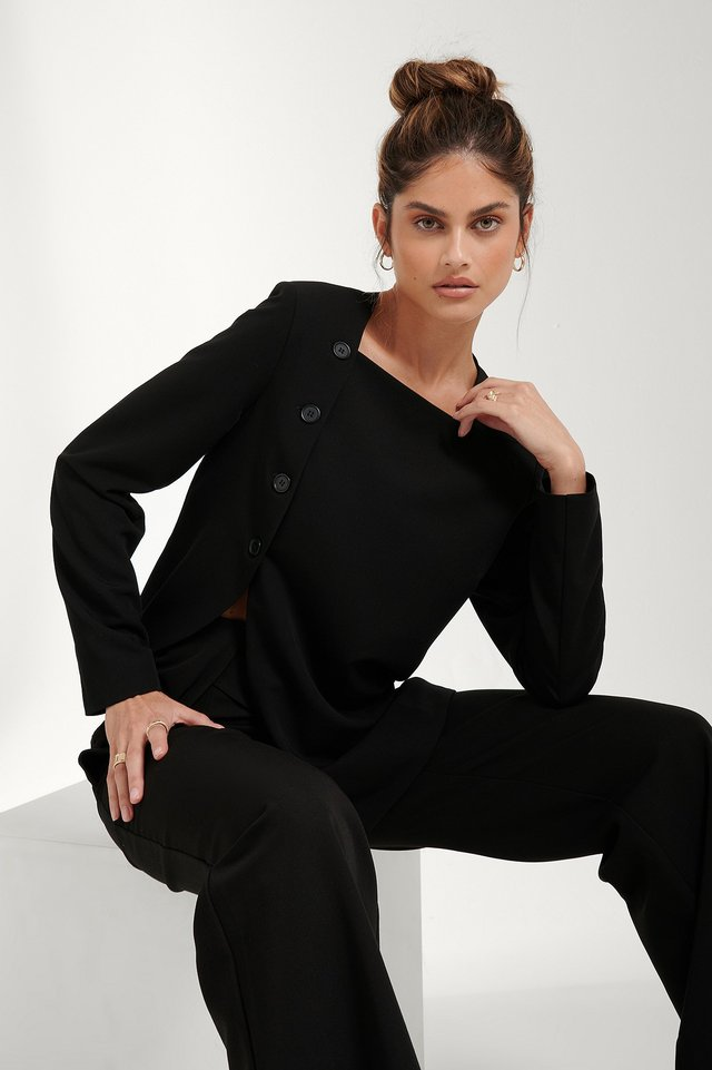 Slit Asymmetric Blazer Black