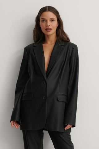 Black Oversized Pu-Blazer