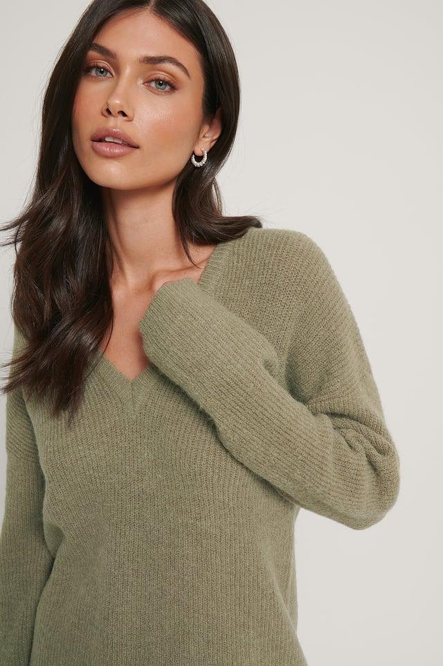 Alpaca Blend V-neck Knitted Sweater Khaki