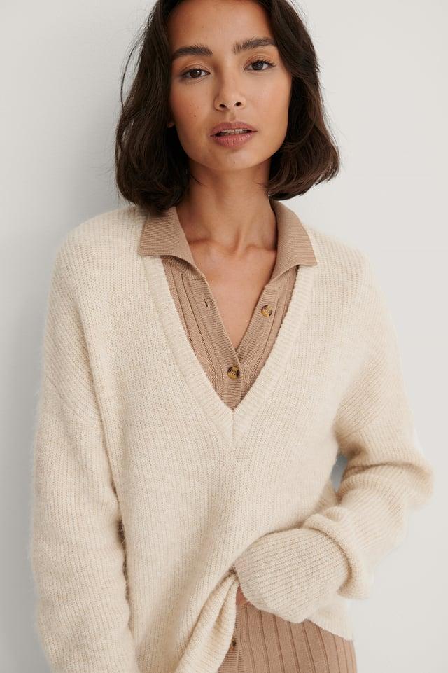 Alpaca Blend V-neck Knitted Sweater Light Beige