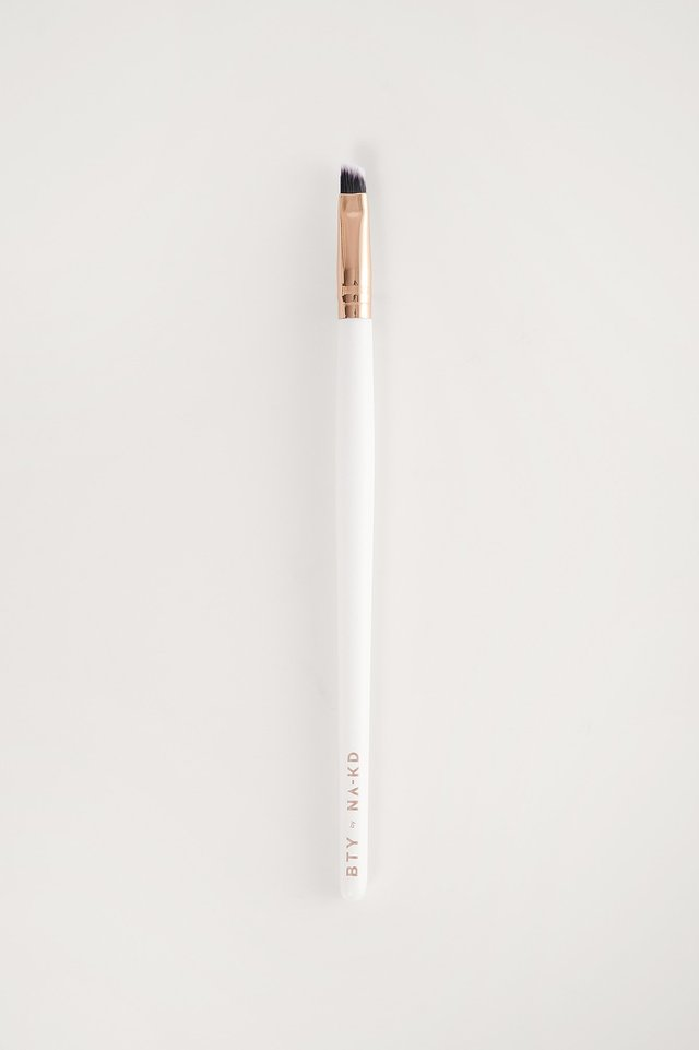 White Angled Eyeshadow Brush