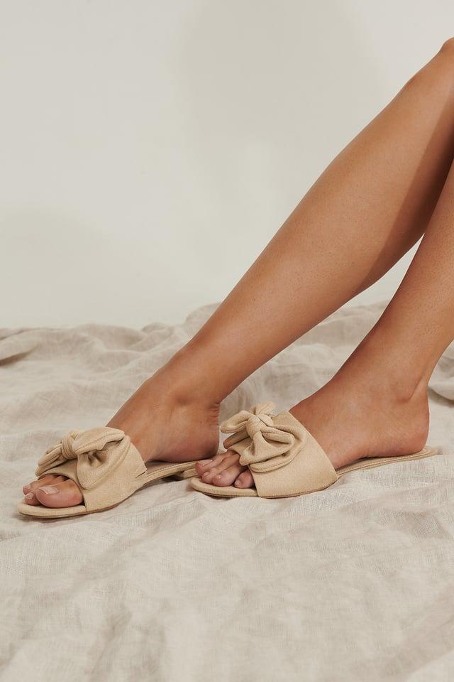 Sandale Mit Schleifendetail Beige