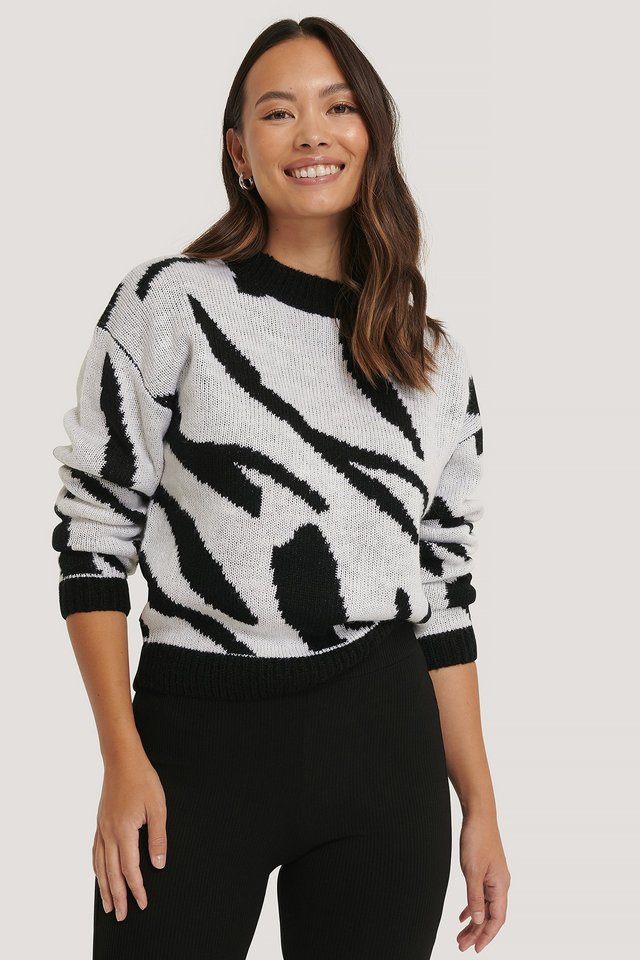 Animal Knitted Sweater Black/White