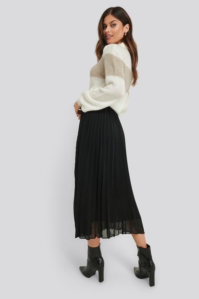 Black Ankle Length Pleated Skirt