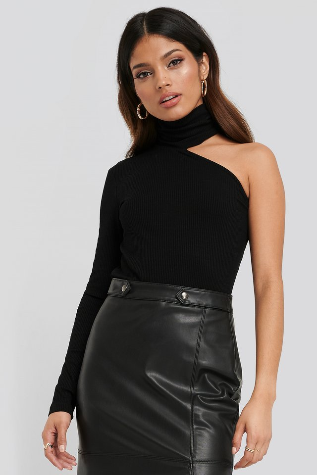 Asymmetric High Neck Top Black