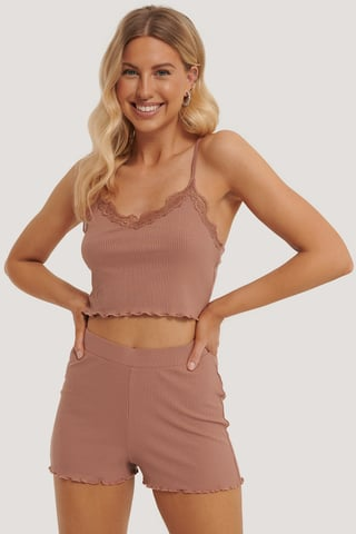 Dusty Dark Pink Top Corto De Tirantes Con Borde Ondulado Lounge
