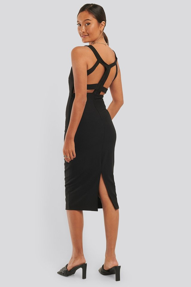 Back Low-Cut Detail Dress Black