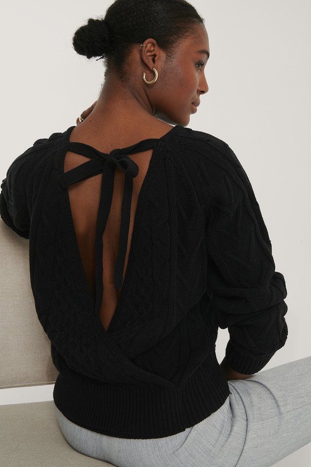 Black Back Overlap Cable Knitted Sweater