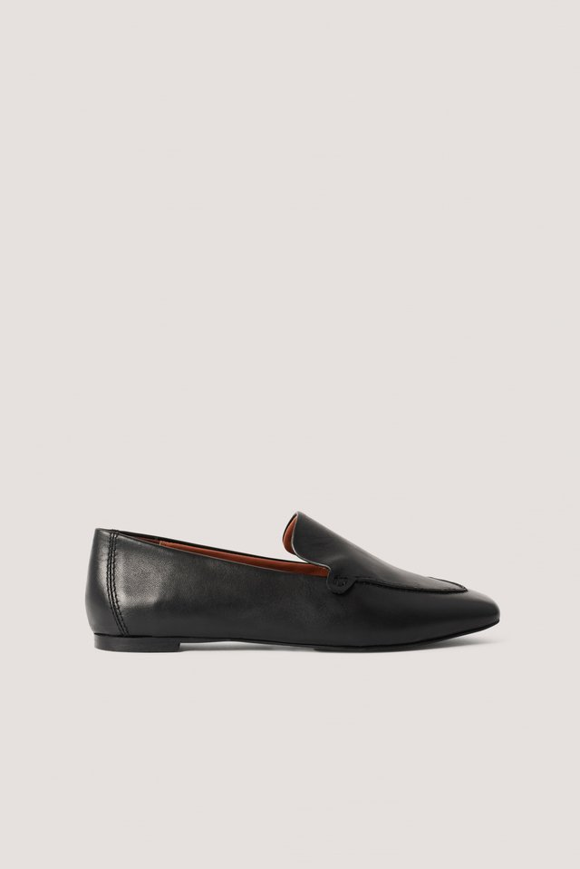 Black Basic Leather Loafers