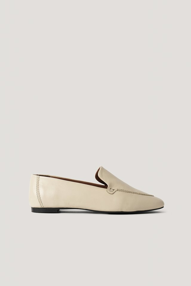 Basic Leather Loafers Nude