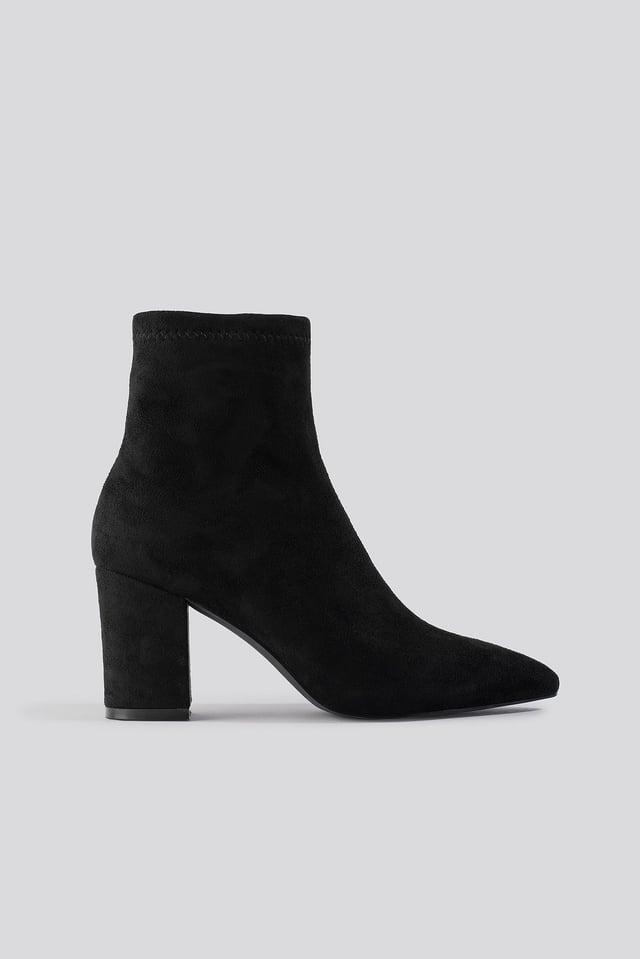 Basic Pointy Block Heel Booties Black