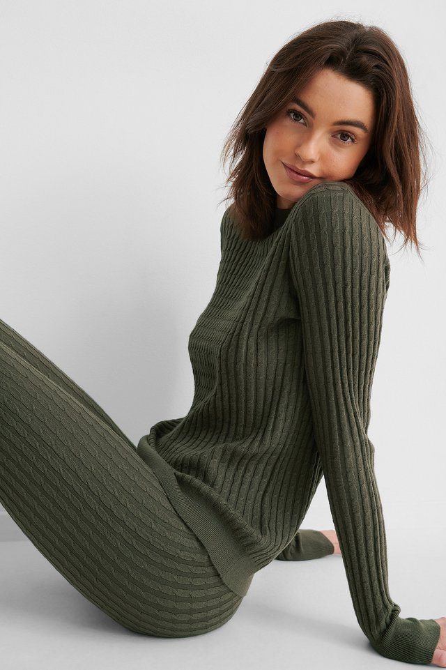 Basic Soft Roundneck Sweater Dark Brown