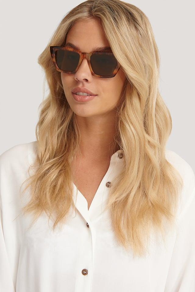 Tortois Basic Squared Sunglasses
