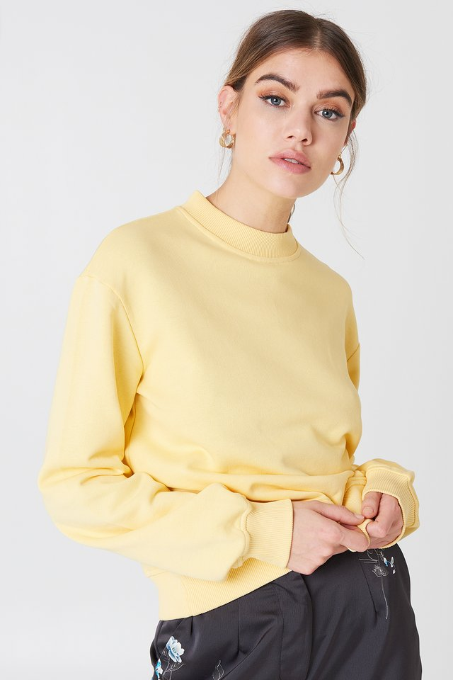Basic Sweater Yellow