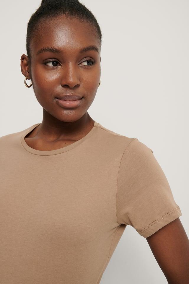 Basic T-Skjorte Dark Beige