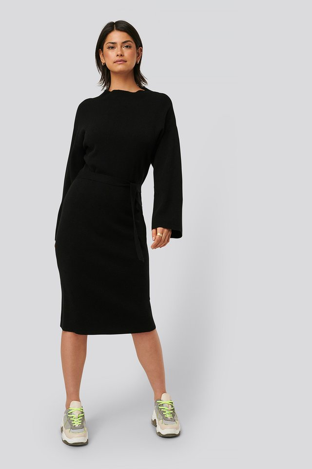 Belted Knitted Dress Black