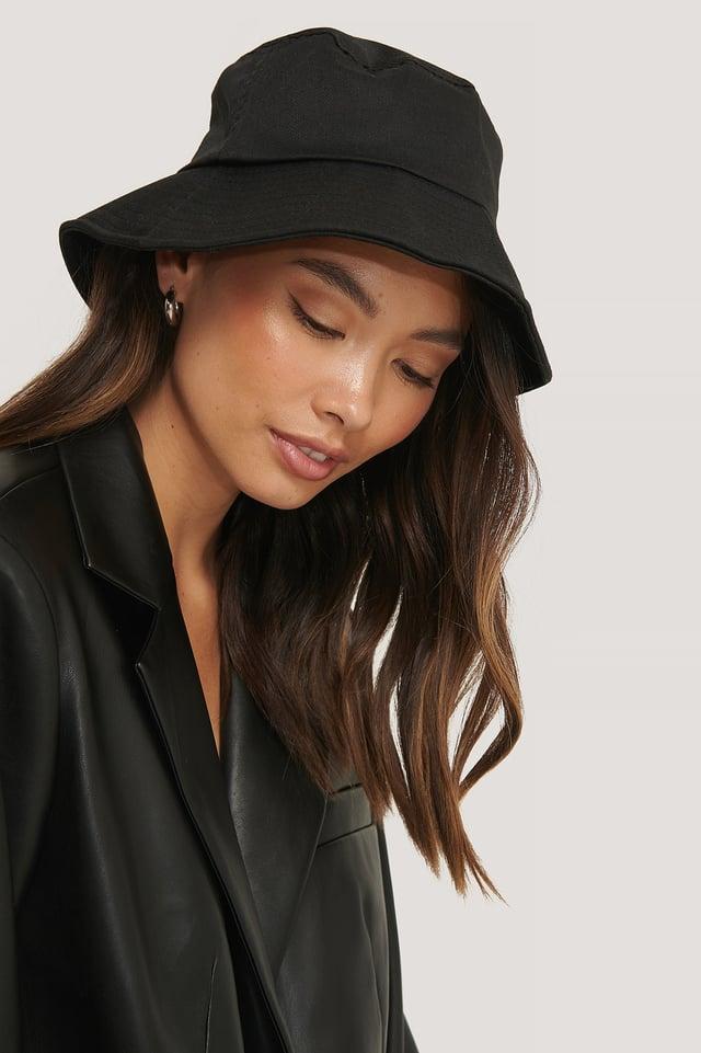 Black Bendable Edge Bucket Hat