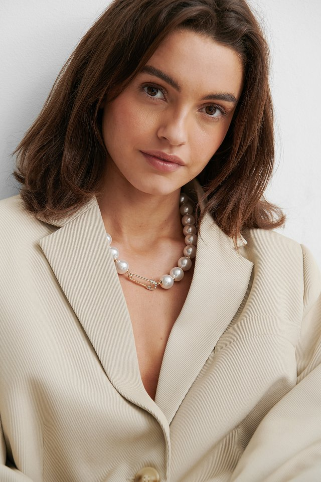 White/Gold Big Pearl Safety Pin Necklace