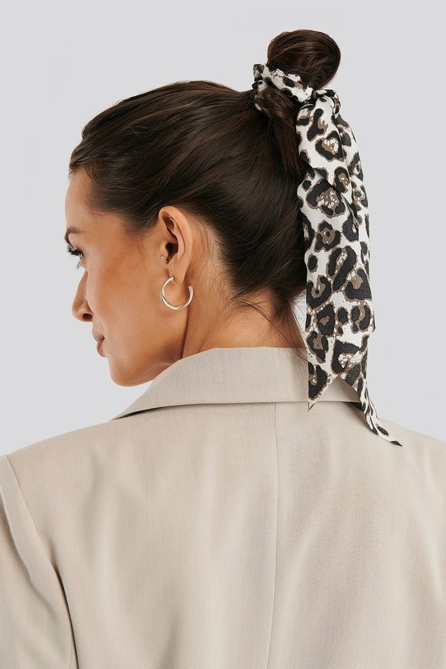 Leo Patterned Big Ribbon Scrunchie Leopard