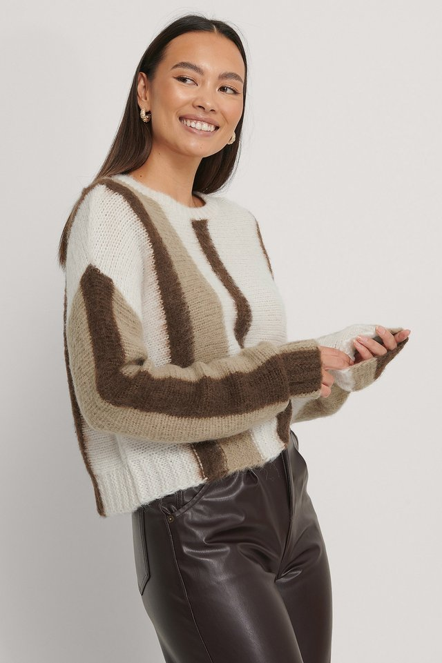Brushed Knitted Striped Sweater Beige