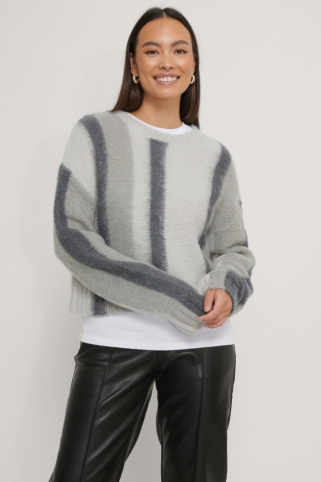 Brushed Knitted Striped Sweater Grey